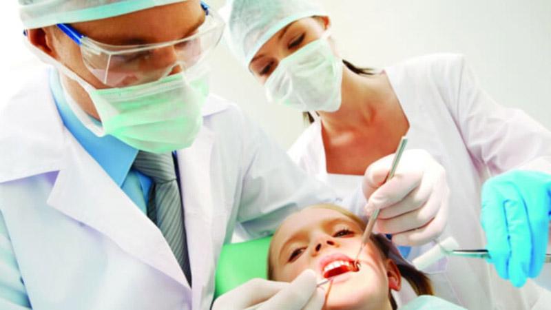 Curso online de ACD (Auxiliar de Consultório Dentário)