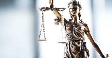 Como fazer curso online de Direito?